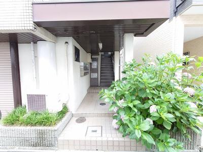 【エントランス】アンフィニィ上牧 (株)Roots
