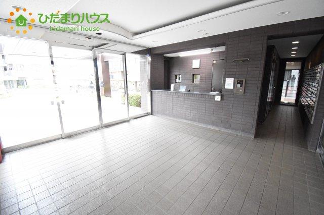 【エントランス】鴻巣市東1丁目 中古マンション コスモ鴻巣ロイヤルフォルム