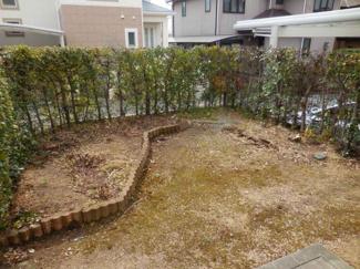 たまにはお庭で休日を過ごしてみるのもよいかもしれません