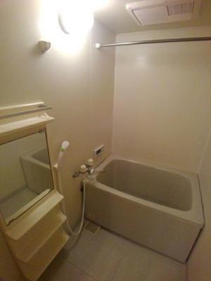 【浴室】グランドソレーユ B
