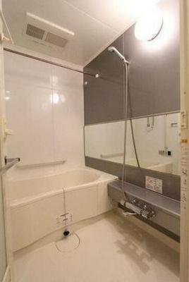 【浴室】ル・サンク アイリスタワー
