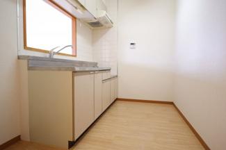 【キッチン】MT・桜木