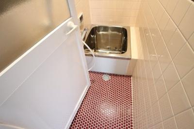 【浴室】王居殿2丁目戸建