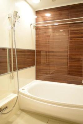 【浴室】ベイズタワー&ガーデン(BAYZ TOWER&GARDEN)