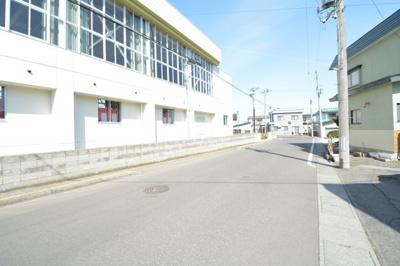 東小学校横の道路