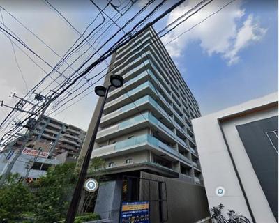 京浜東北線「浦和」駅徒歩約4分と通勤・通学に便利な立地です。