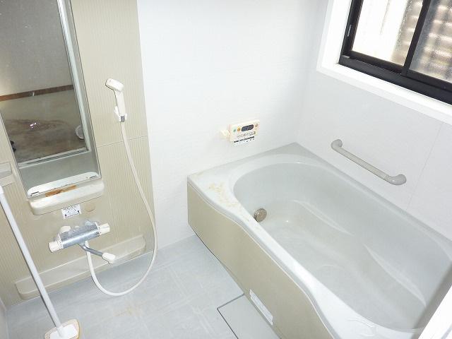 【浴室】福津市津屋崎8丁目戸建