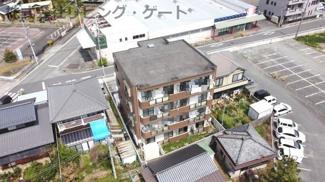 建物の構造は鉄骨鉄筋コンクリートです。音も響きにくいです。