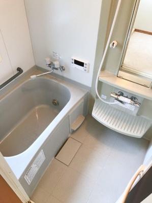 浴室はユニットバスです♪