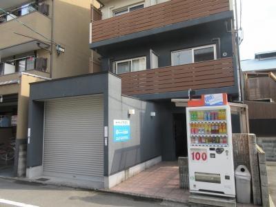 【エントランス】サイト京都西院(旧ドーリアKYOTO西院)