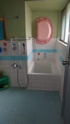 【浴室】那覇市字國場 戸建て