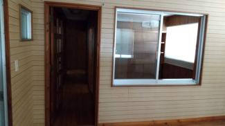 二階個室の部屋へ繋がるドア