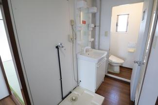高洲二丁目住宅 新規交換済みシャワー付き水栓となっております。