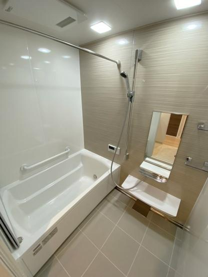 【浴室】アダージュ茶山フォレストパーク