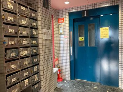 メールBOX・エレベーター