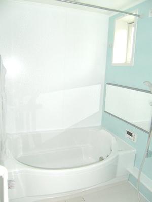 【浴室】エルカーサリバーB