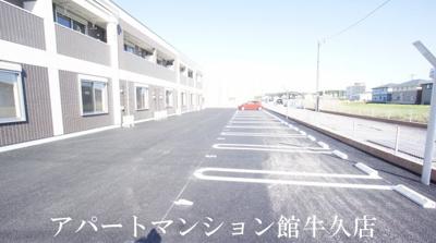 【駐車場】ミュール