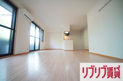 【居間・リビング】フレンドハウス23 B