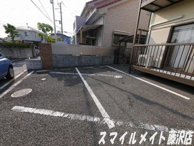 【駐車場】エミネンス鵠沼(エミネンスクゲヌマ)