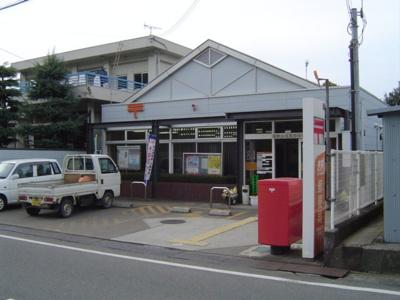郵便局まで725m