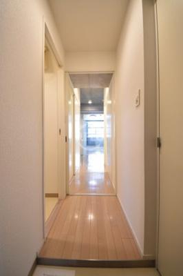 天満アパートメント 玄関