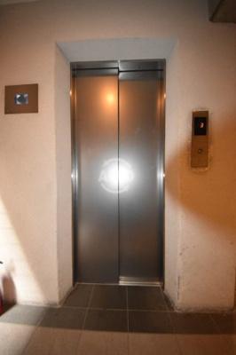 天満アパートメント エレベーター