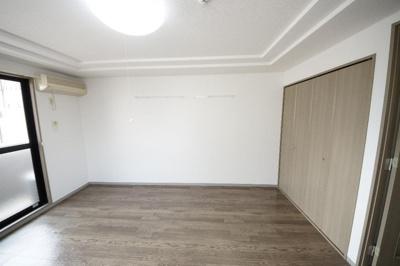 エスポアール・ソガの洋室