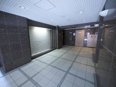 【ロビー】アールケープラザ横浜関内