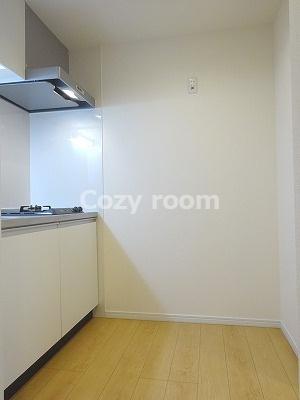冷蔵庫等もゆとりで置いて頂けそうなスペース
