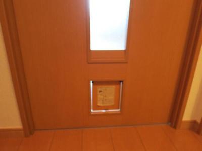 猫ちゃん用の扉