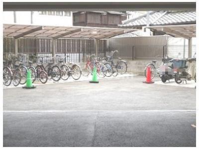 駐輪場及びバイク置き場
