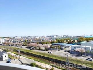 バルコニーからの素敵な眺望です♪最上階の7階部分からのロケーションは素晴らしいですね(^^)