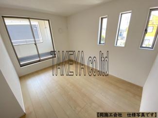 (同仕様写真)和空間を除く居室は全棟共に3室。主寝室に加え、子供部屋に最適な2部屋。シンプルな色合いで使いやすい広さになっています。