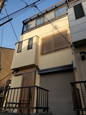 【外観】新宿区新宿7丁目テラスハウス【仲介手数料半額】