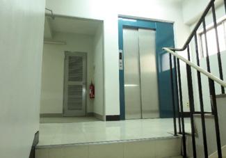 2~5階エレベータホール