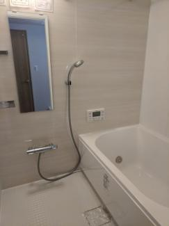 新規交換済 追炊き・浴室乾燥付き