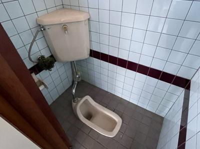 【トイレ】郡貸し店舗