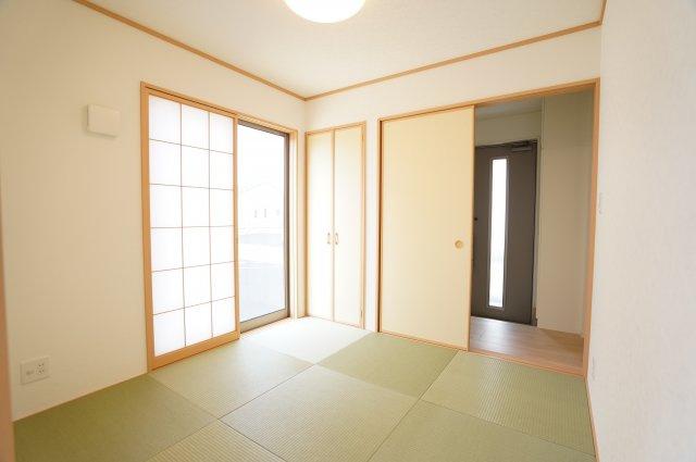 2WAY和室で来客時もスムーズな動線♪本日、建物内覧できます。お電話下さい!