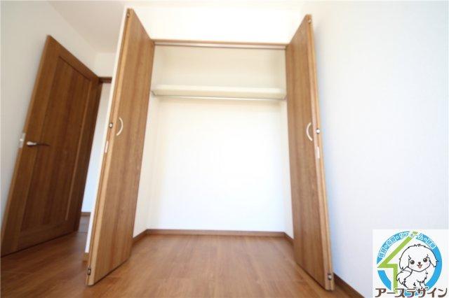 各居室に収納スペースあります♪