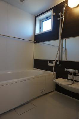 【浴室】サンラモン覚王山
