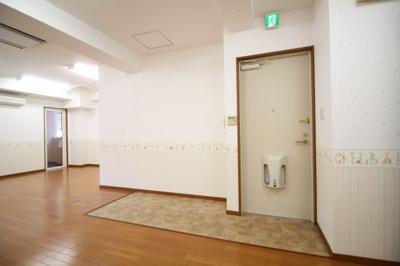 【玄関】ブリリアンスアネックス