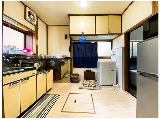 キッチンは4帖の広さがあり、広々としています。
