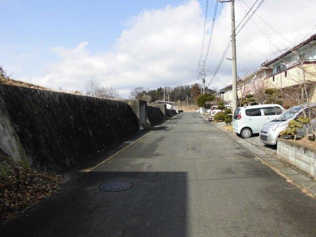 【前面道路含む現地写真】笠間市大古山土地