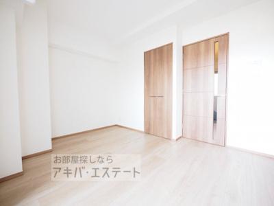 【寝室】ライジングプレイス綾瀬二番館
