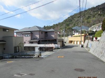 【前面道路含む現地写真】剣谷町 土地