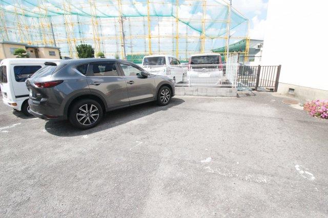 【駐車場】ガーデンハイツナカムラ