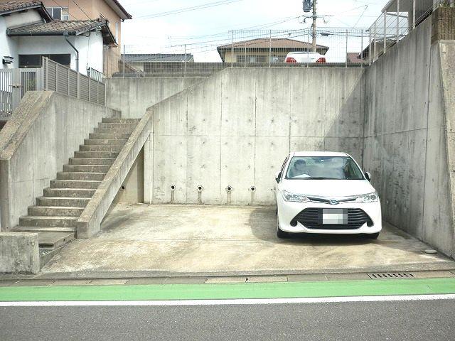 【駐車場】東区舞松原6丁目戸建