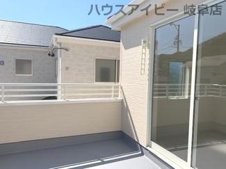 ♪岐阜市日野南新築建売 車並列4台駐車OK♪バルコニー付きです