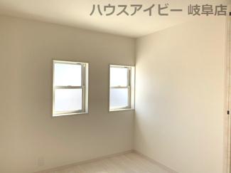 広々とした洋室です♪岐阜市日野南新築建売 車並列4台駐車OK♪