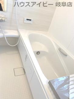 ♪岐阜市日野南新築建売 車並列4台駐車OK♪お風呂で日々の疲れを落としましょう